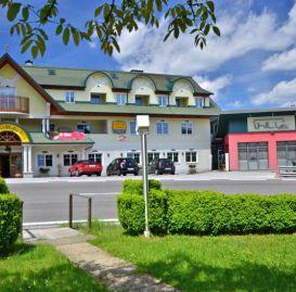 gasthof almenland steiermark, restaurant almenland steiermark, gastgeber almenland steiermark, urlaub almenland steiermark-Pröllhofer Gasthof Eingang
